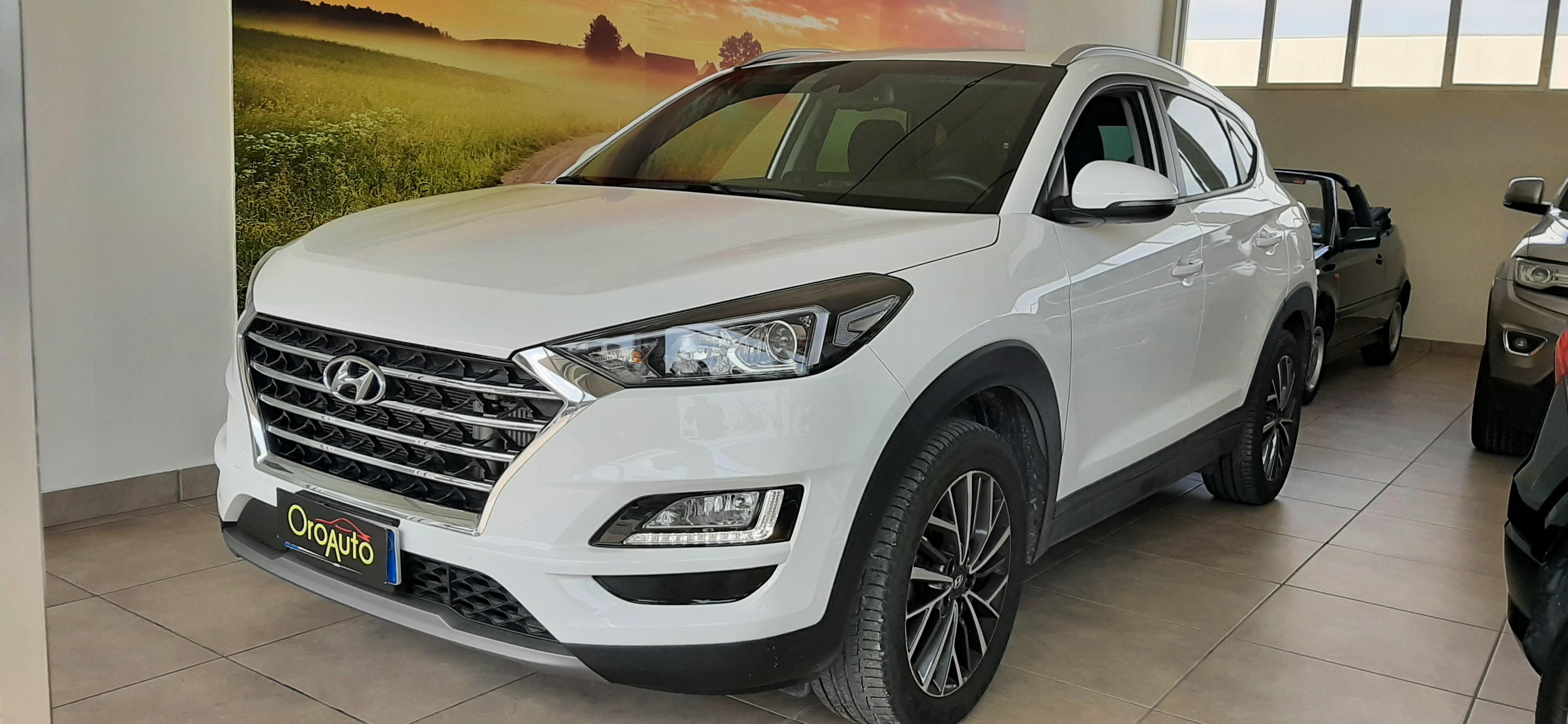 Hyundai Tucson Tucson 1.6 crdi  2wd 115cv my20-NAVI-CAMERA-PDC-FULL